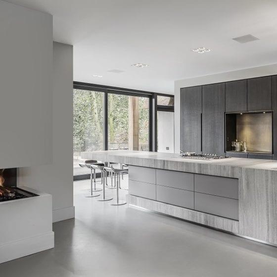 Living Concrete keuken betonlook gietvloer licht grijs